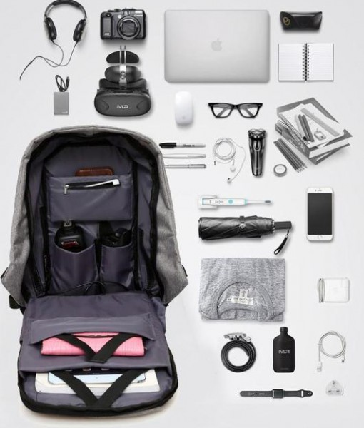 travel_backpack_inside_full