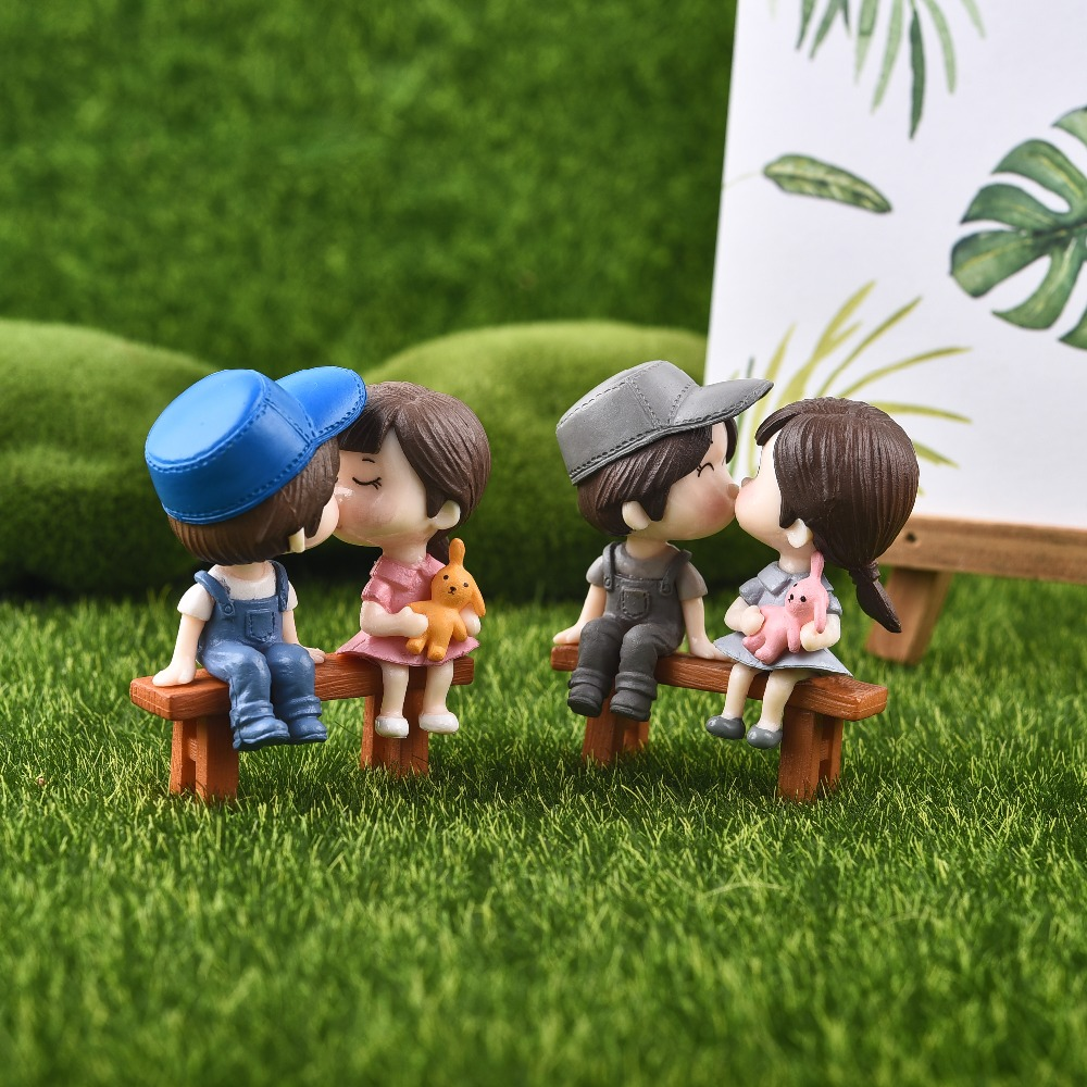 1set Sweety Lovers Couple Chair Figurines Miniatures Fairy Garden Gnome Moss Valentine s Day Gift Resin 1