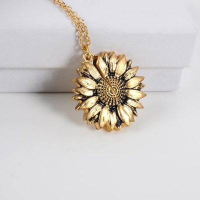 """Mothers Day """"You Are My Sunshine"""" Sunflower Necklace"""
